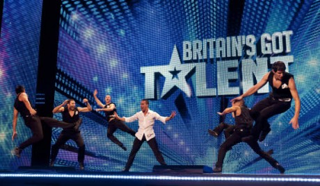 britain s got talent 2012 cascade brought french talent. Black Bedroom Furniture Sets. Home Design Ideas