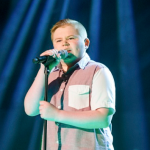 Stephen McLaughlin on The Voice 2015 singing Piece of My Heart by Janis Joplin