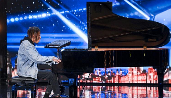 Piano player Tokio Myers impressed with his performance of Debussy's Clair de Lune and Ed Sheeran's Bloodstream on Britain's Got Talent 2017.