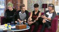 Five Second Of Summer (5SOS) are the hot and sexy new Australian new boyband that is slowly taking the world by storm and today they popped into the ITV This...