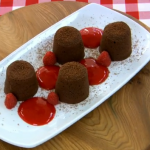 Junior Bake off 2013:  James Martin's melt in the middle chocolate fondants recipe