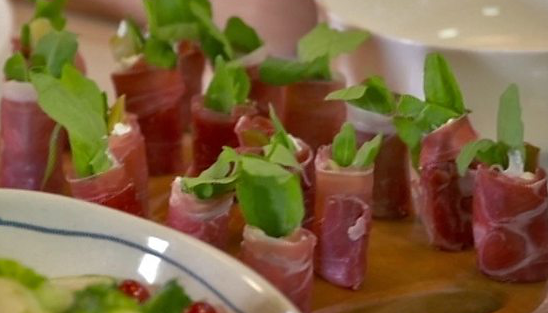 Parma ham goats cheese and rocket canap s by mary berry for Canape ideas nigella