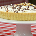 Mary Berry's Banoffee pie recipe help Kirsty Young to win star baker on The Great Sports Relief Bake Off on Tuesday night