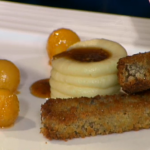Jaqueline O'Donnell's makes Crispy Haggis with creamed Tatties for Burns Night on This Morning