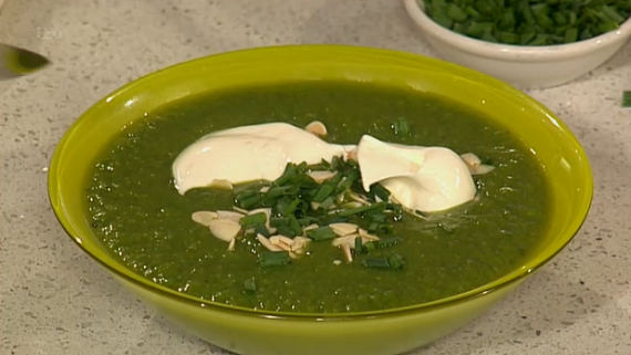 how to put creme fraiche in soup