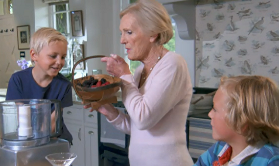 Mary Berry And Her Grandchildren Makes A Traditional Summer Pudding With Seasonal Fruits And Summer Fruit Smoothies Desserts The Talent Zone