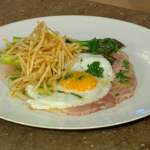Tom Kerridge Ham Egg and Chips with Asparagus for Patsy palmer on Spring Kitchen with Tom Kerridge