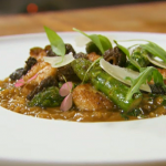 Jason Atherton sweetbread asparagus wild garlic and morels mushroom risotto On Spring Kitchen with Tom Kerridge