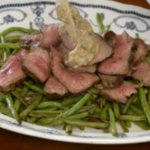 Jamie Oliver steak and chips with green beans and mushroom sauce on Jamie Money Saving Meals Extra Portions