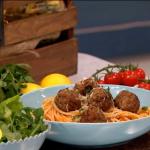 Nadia Sawalha spaghetti and meatballs recipe on Lorraine