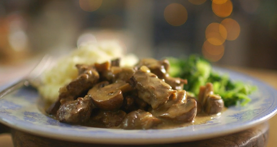 Mary Berry Horseradish And Mustard Beef Casserole Recipe