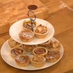 Gino D'Acampo pimped up mince pies recipe for vegans on Let's Do Christmas