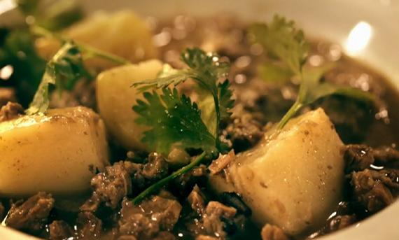 senegalese lamb stew irish lamb stew with a twist rogan josh lamb stew ...