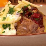 Dean Edwards Mushroom and roasted pepper chili recipe on Lorraine