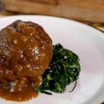 Tom Kerridge pork faggots with onion  gravy recipe on Saturday Kitchen