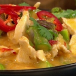 Dean Edwards Thai chicken curry with asparagus recipe on Lorraine