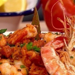 Dean Edwards Smoky shrimp jambalaya recipe on Lorraine