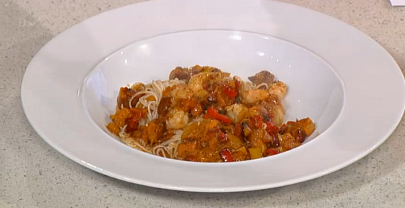 Phil Vickery prawns with noodles and yuzu juice recipe on This Morning ...