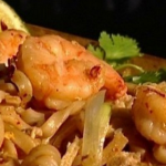 Dean Edwards Fragrant prawn pad Thai recipe on Lorraine
