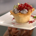 Lorraine Pascale skinny tarts recipe on Best Bakes Ever