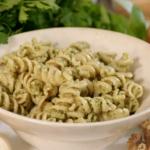 Liz Earle nut pesto pasta recipe on This Morning