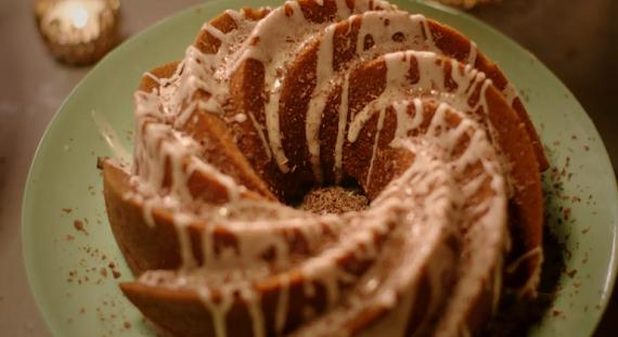Christmas Cake Recipe Uk Nigella: Nigella Lawson Mellow Pumpkin Bundt Cake Recipe On Simply