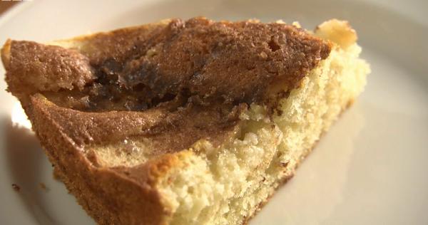 Golden Caster Sugar Apple Cake