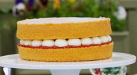 Mary Berry showcased her delicious Victoria sandwich sponge with raspberry jam and buttercream filling for the technical challenge on The Great British Bake Off 2016 Final. The ingredients for the...