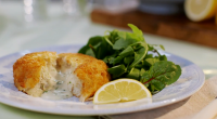 Mary Berry served up very fancy fish cakes with smoked haddock and a runny sauce filling in the middle on Mary Berry Everyday. The recipe is available in Mary's book...