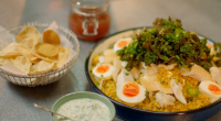 Michel Roux Jr served up curry kedgeree with smoked haddock and crispy kale on Hidden Restaurants. The ingredients include: turmeric, curry powder, cardamon pods, rice, chicken stock, smoked haddock, water,...