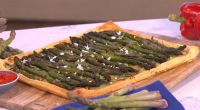 Phil Vickery served up a asparagus spring tart with hollandaise sauce, watercress, Jersey Royal and salad on This Morning. The ingredients are: 2 -3 tbsp any oil, 350g asparagus, 1...