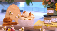 Phil Vickery served up honey ice cream with homemade honeycomb on This Morning. The ingredients for the honeycomb: 250g caster sugar, 100g golden syrup and 2.5 tsp bicarbonate of soda....