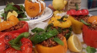 Tonia Buxton served up Greek stuffed peppers on today's episode of Lorraine. The ingredients are: 4 large peppers, 2 tbsp olive oil, 1 large onion, chopped, 50g long grain rice,...