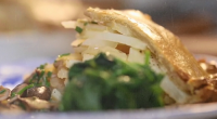 Si and Dave served up a butter and potato pie with mushroom gravy on Saturday Kitchen. The ingredients for the filling: 900g medium potatoes (preferably Maris Piper), 75g fridge-cold butter,...