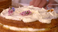 Juliet Sear served up a delicious gin and tonic with juniper berries cake on This Morning. The ingredients for the gin and tonic syrup: 150ml tonic water, 100g sugar and...