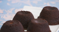 Paul Hollywood molten chocolate pudding with hot peanut butter filling for the technical challenge in pudding week on The Great British Bake Off 2017. See Paul's pudding recipes in his...