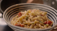 Nigella Lawson served up a Gemelli pasta with a anchovies, tomatoes and mascarpone sauce on Nigella: At My Table. The ingredients are: 175g gemelli pasta, 1 tbsp olive oil, 6...