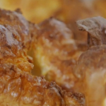 Mark Hamill Yorkshire puddings recipe on Jamie and Jimmy's Friday Night Feast