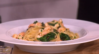 "Gino served up a tasty linguine guilt-free pasta with prawns and spinach dish on This Morning. Gino says: ""you can eat pasta and still lose weight."" The ingredients are: 300g..."