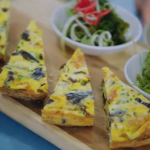 Jamie Oliver seaweed frittata recipe on Jamie and Jimmy's Friday Night Feast