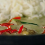 Greg Davies Thai green chicken curry recipe on Jamie and Jimmy's Friday Night Feast