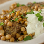 Nigel Slater Za'atar chicken with chickpeas and garlic yoghurt recipe