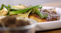 James Martin served up a tasty Boston Brunch with T-bone steak and potato waffles on James Martin's American Adventure. The ingredients include: t-bone steak, salt pepper, oil, spring onions, eggs...