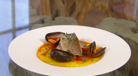 Jose Pizarro serves up trout with mussel and chorizo on Saturday kitchen. The ingredients are: 400g mussels, scrubbed and debearded, 100ml dry white wine, 4 thyme sprigs, 2 tbsp olive...