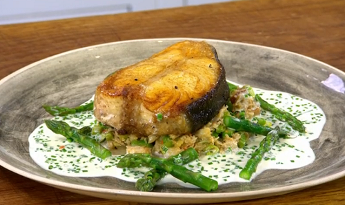 James Martin served up halibut on the bone with asparagus, brown grab meat, leeks and Champagne sauce on James Martin's Saturday Morning. The ingredients are: 2 x 200g halibut on...