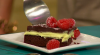 Simon Rimmer served up delicious Grasshopper brownies with mint cream on Sunday Brunch. The ingredients for the brownies are: 225g 70% dark chocolate, 125g butter, 2 eggs, 100g sugar, 100g...