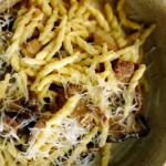 Jamie Oliver garlic mushroom pasta with with creme fraiche recipe