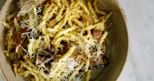 Jamie Oliver Garlic Mushroom Pasta With With Creme Fraiche Recipe The Talent Zone