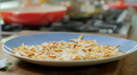 Nadiya Hussain served up a delicious chai-spiced vermicelli noodles for breakfast on Nadiya's Family Favourites. The ingredients are: 15g coconut flakes (or desiccated coconut), 100g pasta vermicelli, 1 cinnamon stick,...