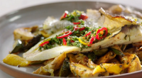 Jamie Oliver served up a tasty crispy skin lemon sole with courgettes, artichoke and mint on Jamie's Quick and Easy Food. The ingredients are: ½ x 280 g jar of...